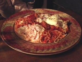 Chiantis Pollo alla Parmigana