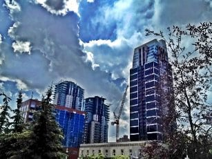 Calgary Condos Victoria Park