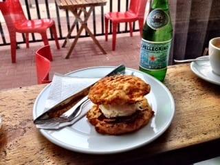 Cafe Rosso breakfast sandwich