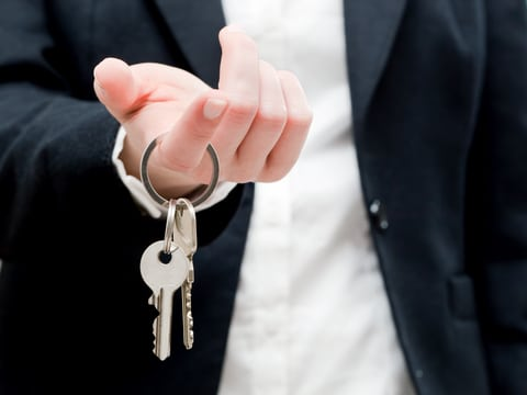 offer to purchase real estate keys realtor