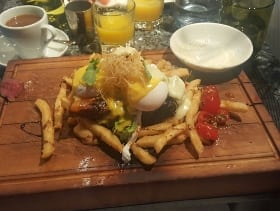 vero bistro moderne kensington calgary restaurant brunch steak and eggs