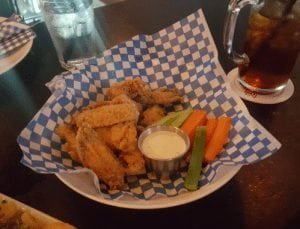 Best Chicken Wing Monday Night Deals in Calgary