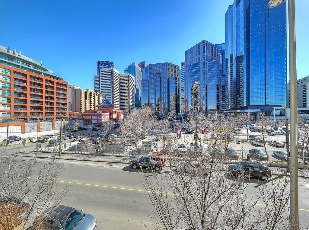 waterfront condos walkability downtown eau claire Calgary
