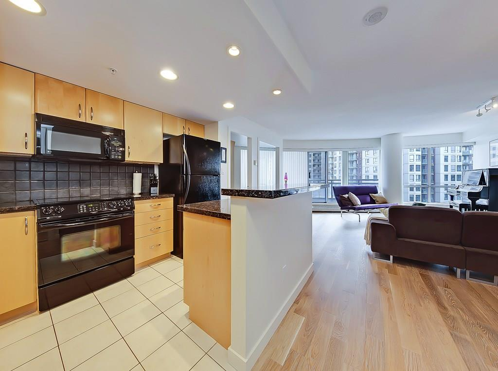 The Barclay at Riverwest condo for sale listing #904 1088 6th Avenue SW kitchen