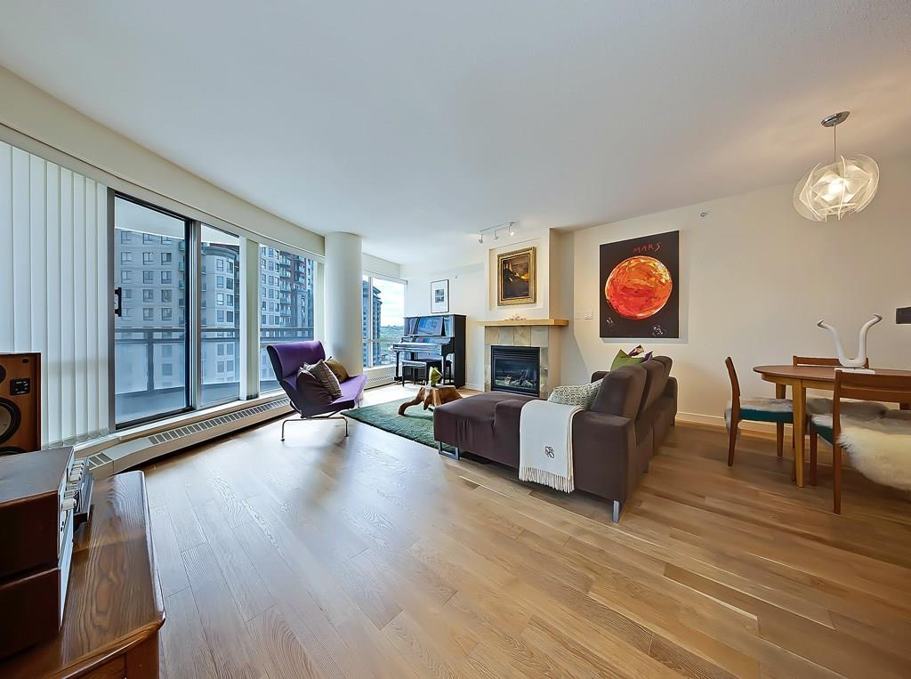 The Barclay at Riverwest condo listing #904 1088 6th Avenue SW living space