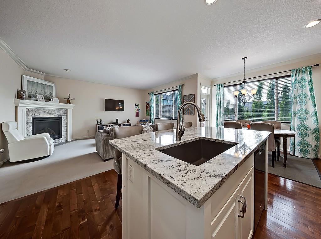 airdrie home for sale 2479 Kingsland View SE kitchen 2