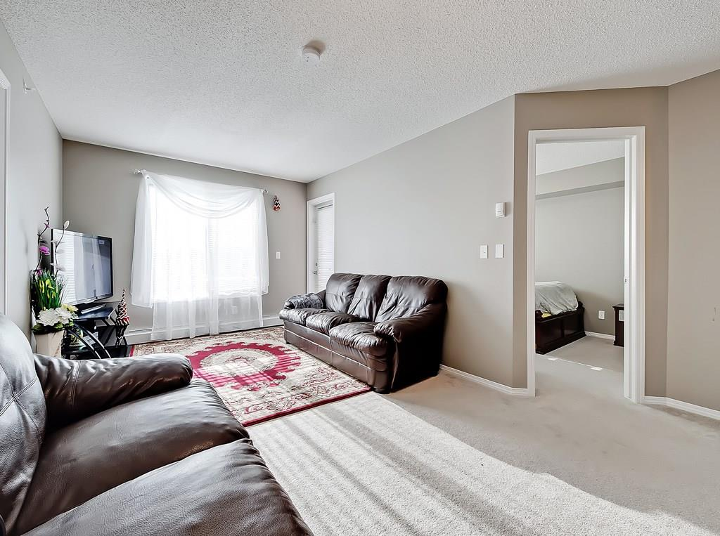 saddlestone calgary condo for sale #404, 15 saddlestone way ne living area