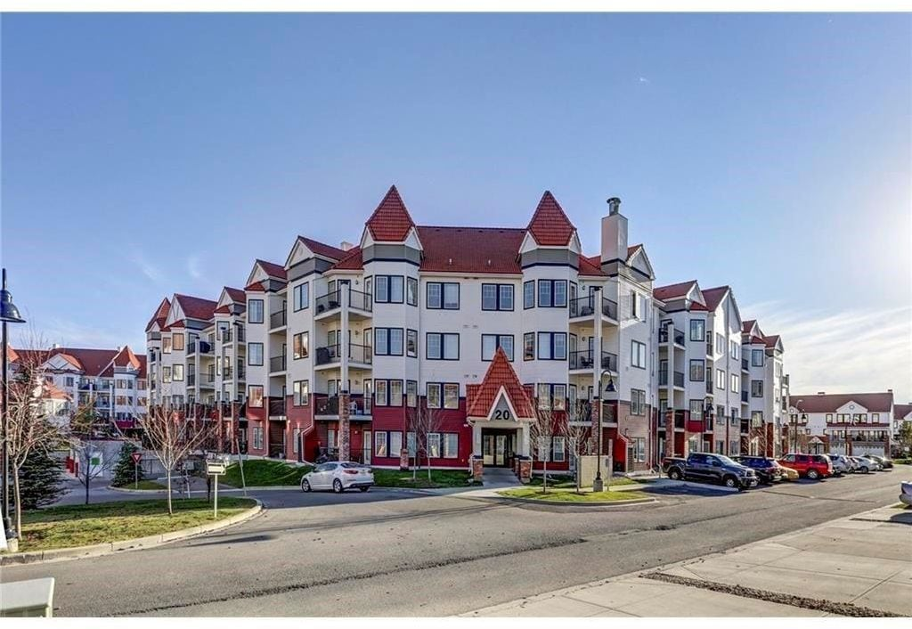 Red Haus Royal Oak condo for sale exterior
