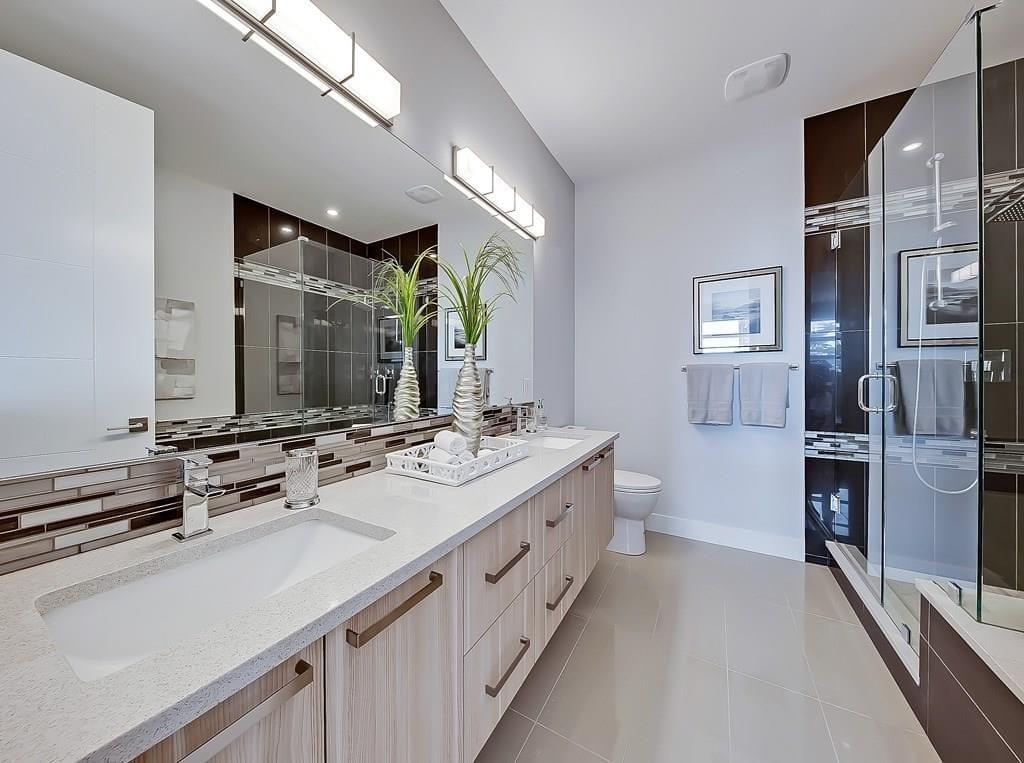 elboya home for sale master bathroom view