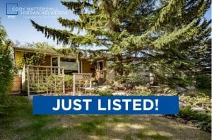 JUST LISTED! – 5335 Lakeview Drive SW, Lakeview