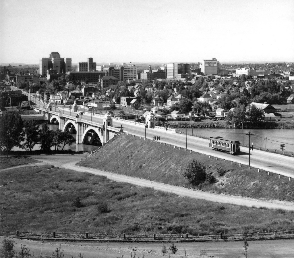 calgary centre street bridge downtown worldwar 2 era historical photo